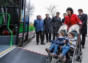 Los autobuses madrileños permitirán el acceso a carritos de gemelos desde marzo