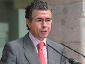 IU pide que Granados comparezca en la Asamblea por la supuesta trama de espías