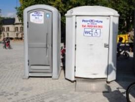 Getafe instala urinarios portátiles en las zonas de copas durante los fines de semana