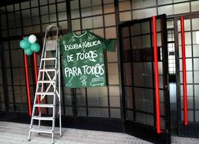 Encierro en el IES Salvador Dalí en protesta por la reducción de grupos en Bachillerato