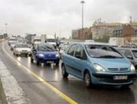 Normalidad en las carreteras madrileñas en el segundo día de puente