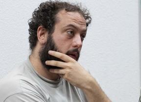 Guillermo Zapata durante la rueda de prensa para explicar una reunión con musicos.