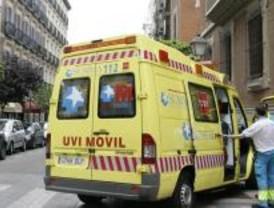 Grave un joven tras caerse de una escalera a 2,5 metros de altura