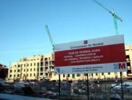 El PSOE denuncia una reducción de recursos para mantener pisos públicos