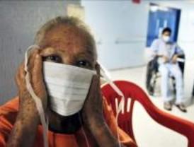 La Organización Mundial de la Salud eleva a 4 el nivel de alerta de pandemia por la gripe porcina