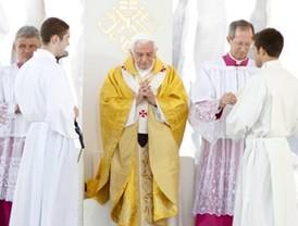 El papa se despide hablando de fe, no de política
