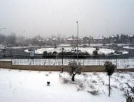 Los municipios activan planes de emergencias por la nevada
