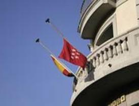 Las banderas de la región ondean a media asta por la muerte de Fernando Trapero