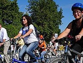Una marcha ciclista conmemora la Semana Europea de la Movilidad