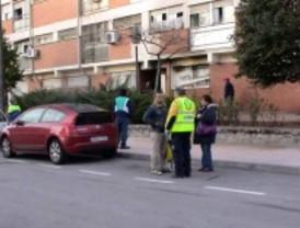 Seis intoxicados por humo en el incendio de una vivienda en Madrid