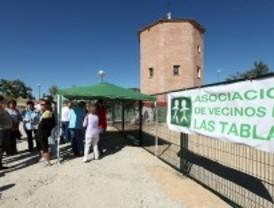 Los vecinos de Las Tablas exigen al ayuntamiento los equipamientos