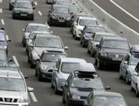 La niebla dificulta la circulación por carretera