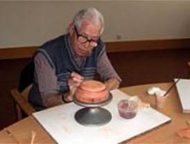 Curso de cerámica para mayores en Arganzuela