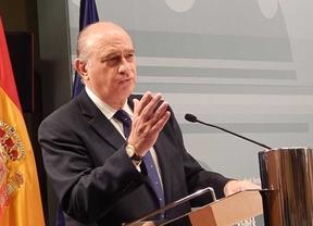 Fernández y Cosidó eluden contestar las acusaciones de González sobre chantajes de la Policía