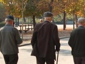 Veinte mayores de Ciudad Lineal escriben su historia