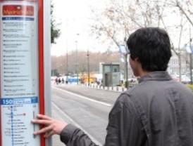 Madrid amanece sin autobuses turísticos y sin información para los usuarios