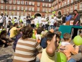 Juegos y cuentacuentos en la Plaza Mayor