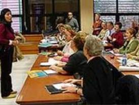 La Comunidad becará a 159 mujeres para formarse en alta dirección