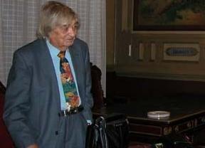 Carlos París fallece a los 88 años