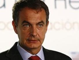 Zapatero insta a las cajas y a las CCAA a culminar su reestructuración este semestre
