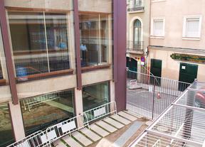 Obras en el ala vacía de las Escuelas Pias de San Antón. Parte trasera, Parking, Calle Farmacia.
