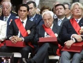La Comunidad galardona a Luca de Tena, Lina Morgan y Alberto Contador