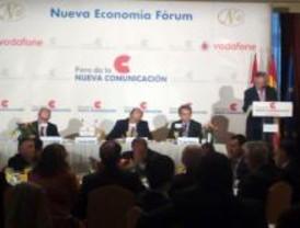 Políticos y líderes de la comunicación, en la conferencia de Jáuregui sobre Nuevo Periodismo