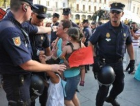 Convocada una concentración para las 20 horas en Sol en protesta por la 'brutalidad policial'