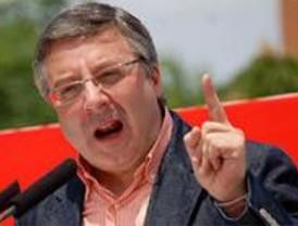 Blanco dice que el problema del PSOE es