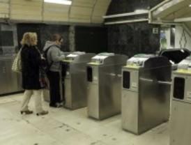 'Yo no pago' propone colarse en el Metro para protestar contra la subida del transporte público
