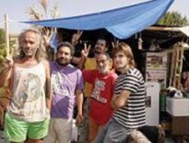 La Policía desaloja la acampada por una vivienda digna en Ciudad Universitaria