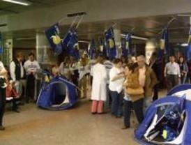 Termina sin incidentes el encierro de los sindicatos en el Gregorio Marañón