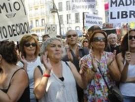 Un centenar de personas protestan en Tirso por la reforma de la ley del aborto