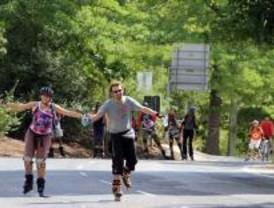 Tres rutas invitan a los patinadores a visitar los parques de Madrid