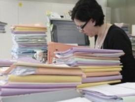 CCOO anuncia movilizaciones contra el aumento de la jornada laboral de funcionarios