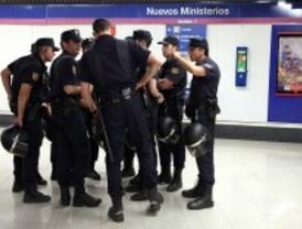 Cuatro trabajadores de Metro agredidos por los piquetes en Canillejas