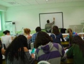 La Comunidad financia cursos de formación en inglés a 1.500 profesores