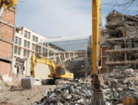 UGT pide el traslado de funcionarios de un edificio en demolición