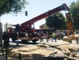Tres heridos en una explosión en el Paseo Infanta Isabel