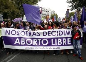 Movilización festiva por la paralización de la reforma de la ley del aborto