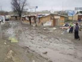 Vecinos de la Cañada piden a Gallardón que se deje de