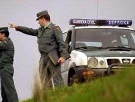 La Comunidad entrega 60.000 euros al Seprona para vehículos y equipos para transportar animales