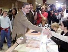 Los candidatos madrileños acudieron pronto a las urnas
