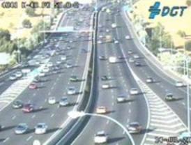 Dos accidentes ralentizan el tráfico en la hora punta
