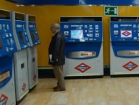 Cae una banda que clonaba billetes de metro