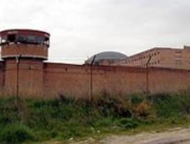 Vecinos de Carabanchel rechazan que se especule con el solar de la cárcel