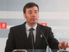 Gómez incorpora a su lista a Cascallana, Isabel Peces Barba y Freire