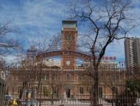 El Ayuntamiento cederá a Casa Árabe las escuelas Aguirre en marzo