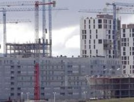 Cae la venta de viviendas en Madrid pero por debajo del descenso nacional