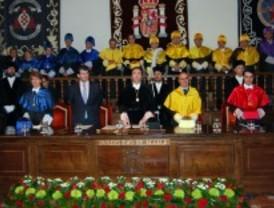 Alcalá rinde homenaje al fundador de la Universidad de Alcalá de Henares, el Cardenal Cisneros